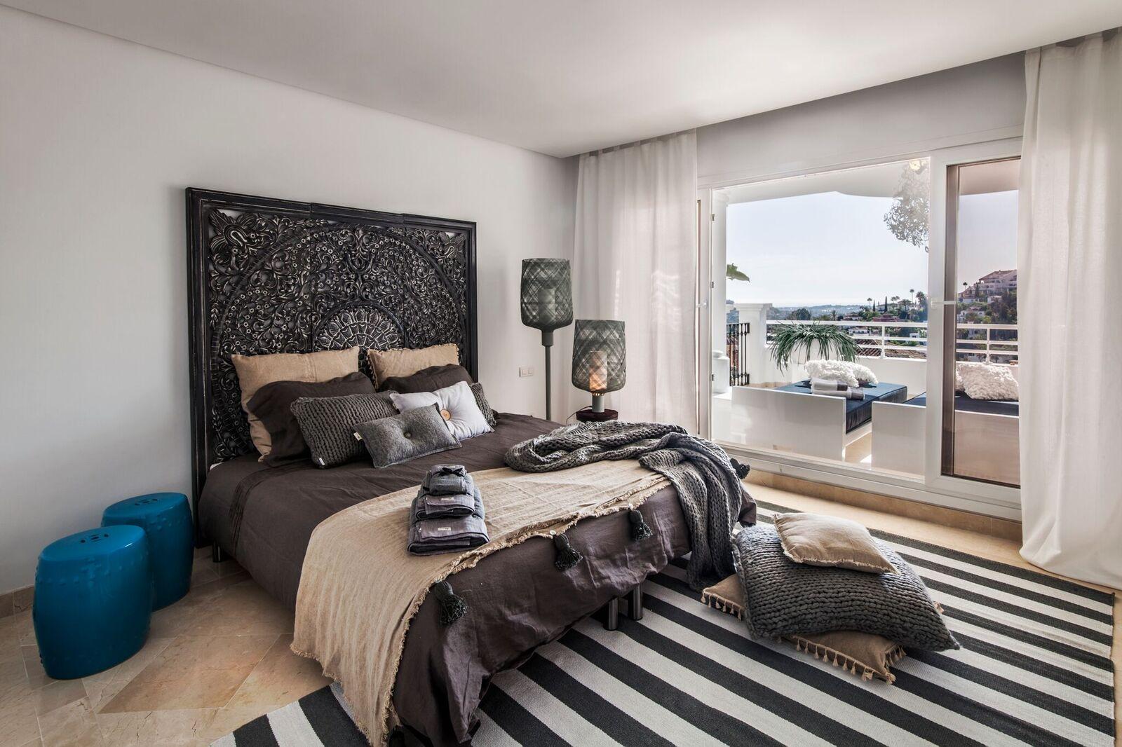 ALoha-Suites-Interior