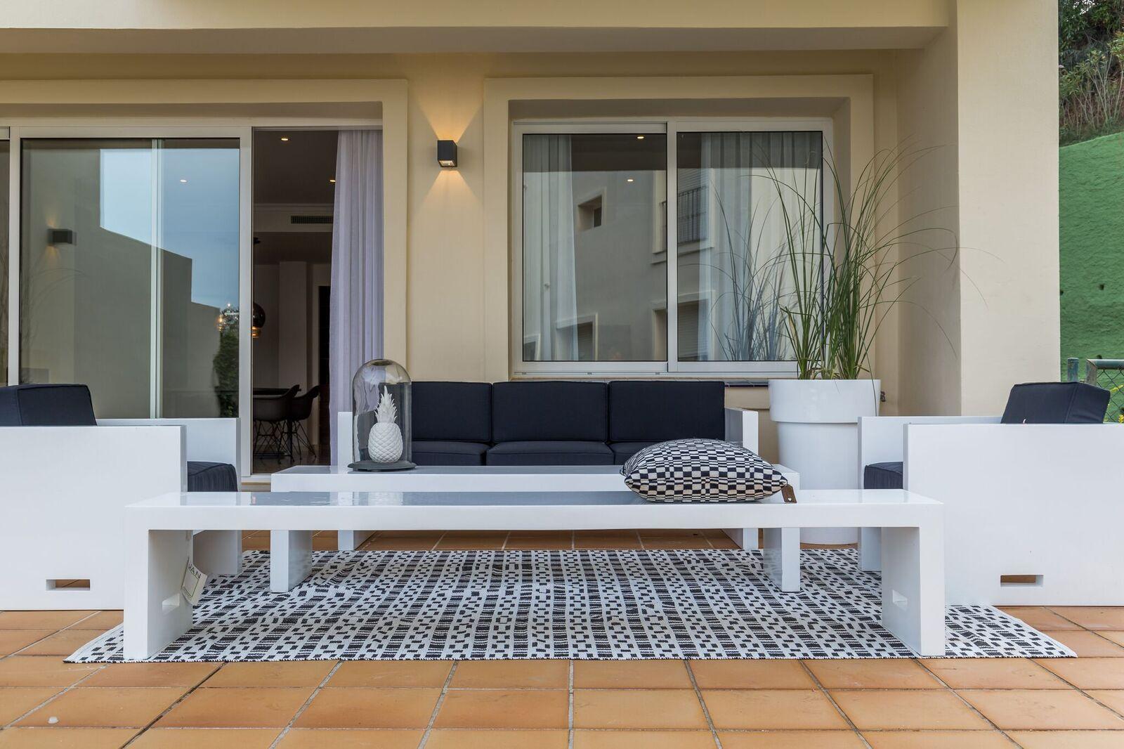 La-Mairena-Terrace-Exterior-1