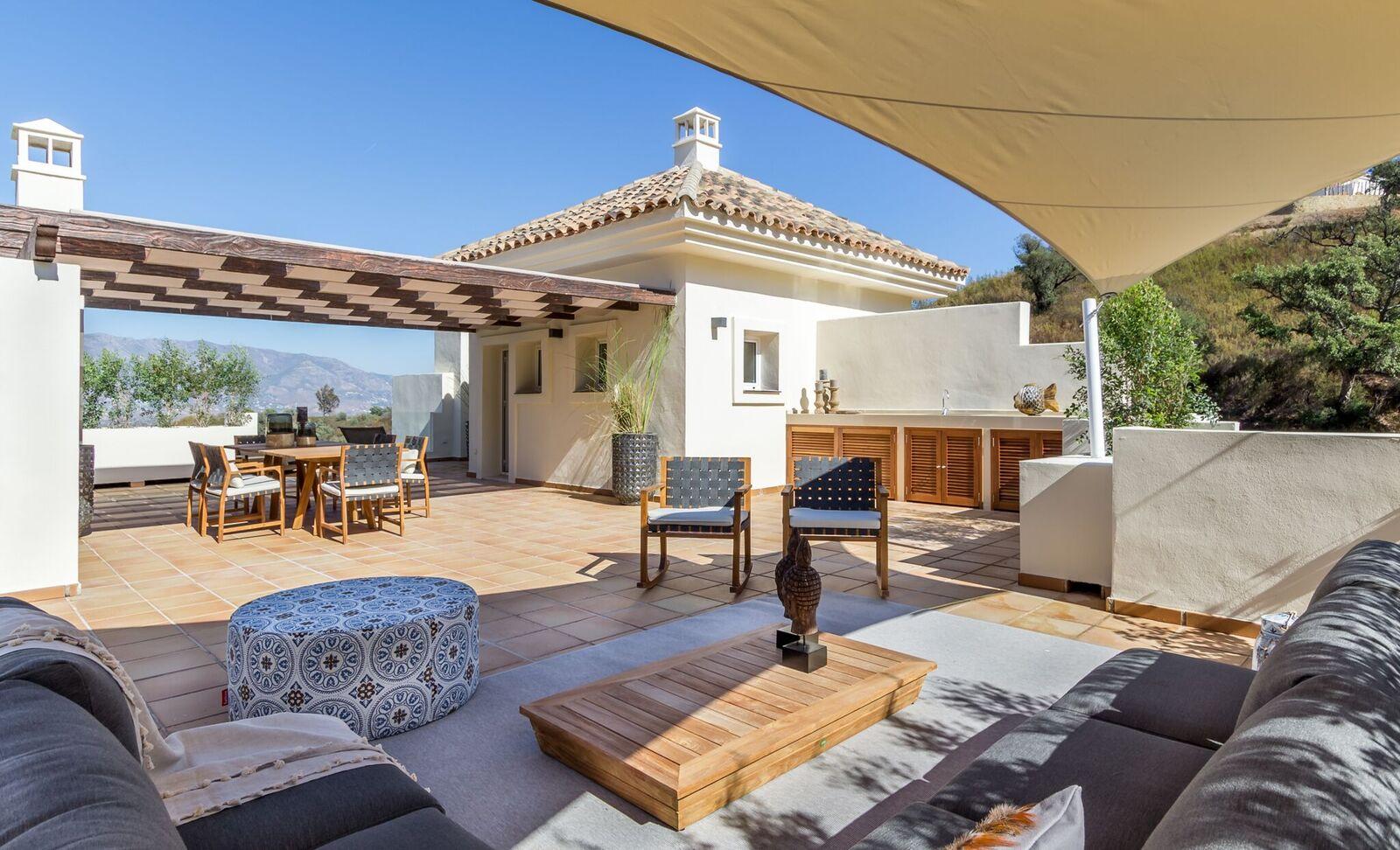La-Mairena-Terrace-Exterior-2