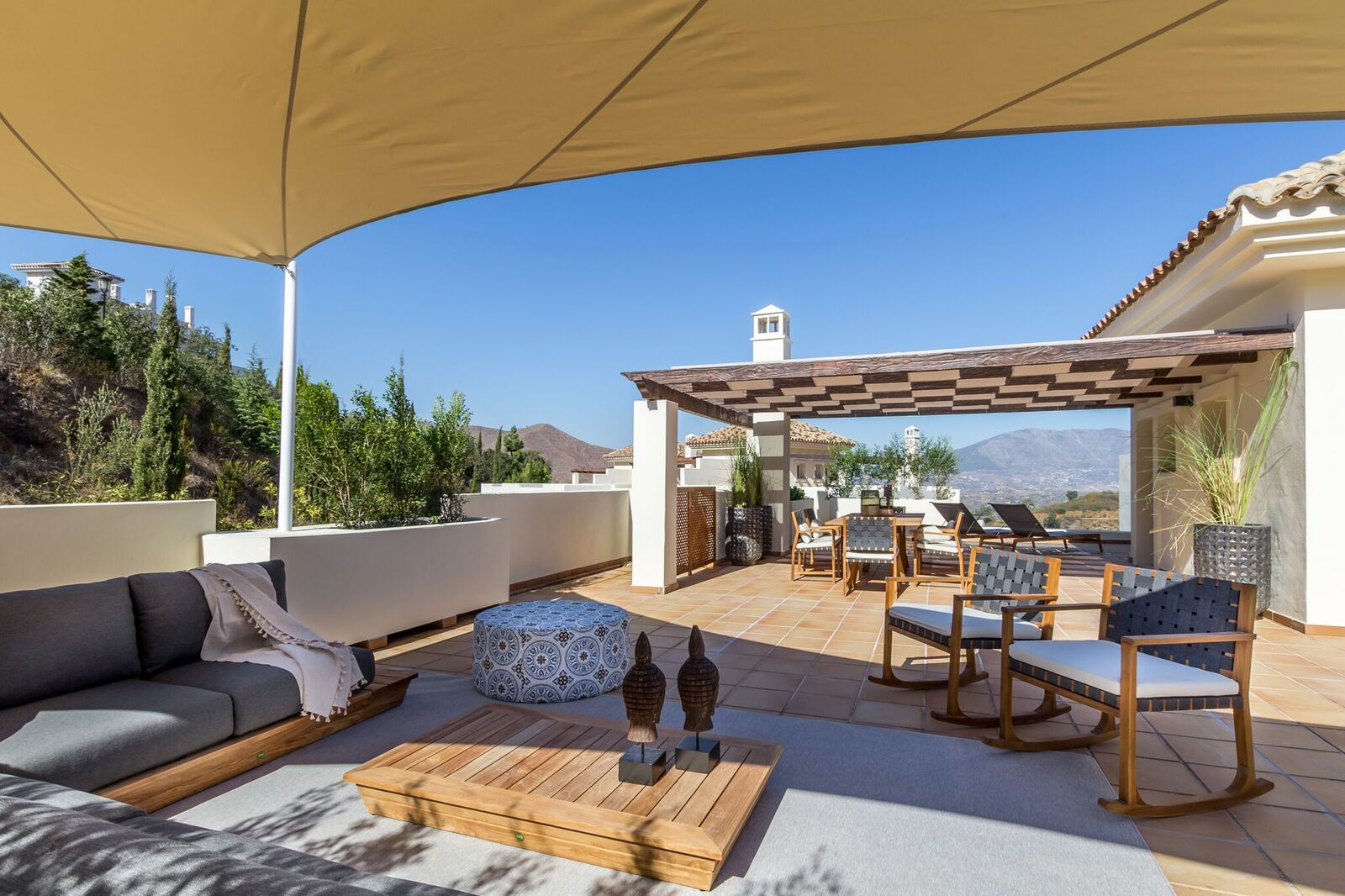 La-Mairena-Terrace-Exterior-3